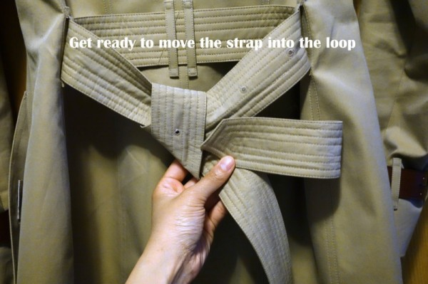 How-To-Tie-a-Burberry-Belt-Knot-9