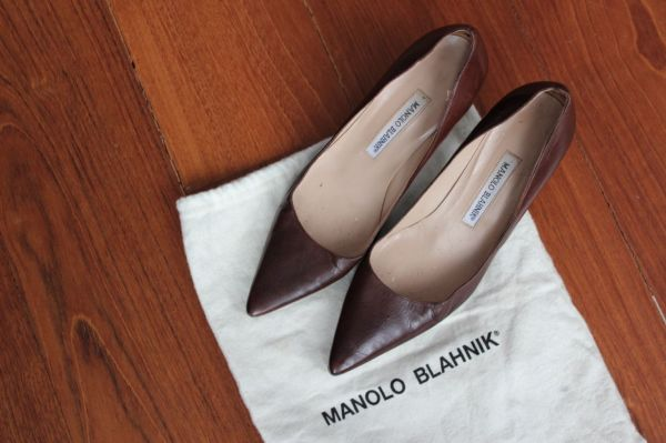 Manolo-Blahnik-Light-Brown-Short-Heels-Side4