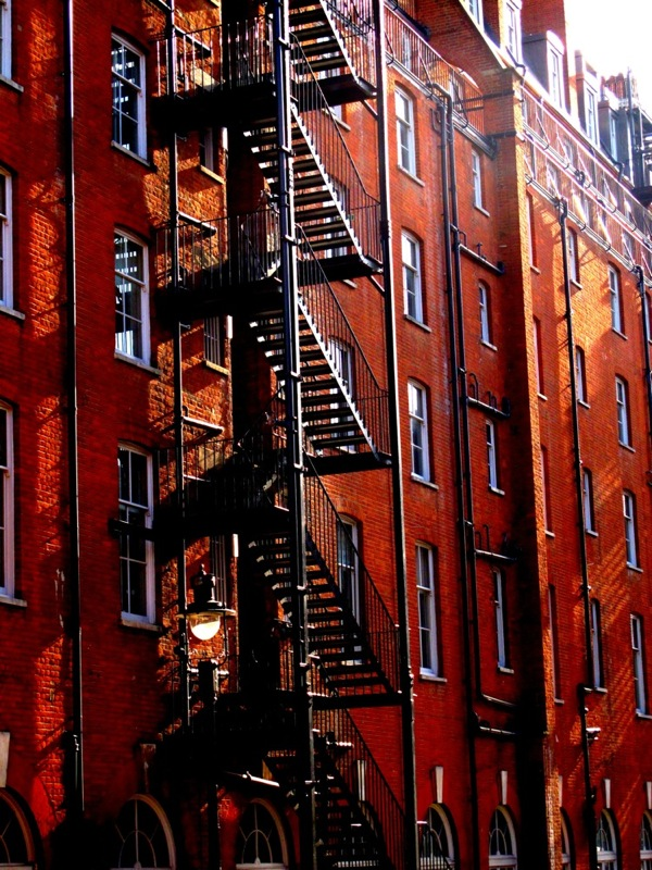 Photograph-Travel-NYC-New-York-City-USA-Stairs-Building-History-Old