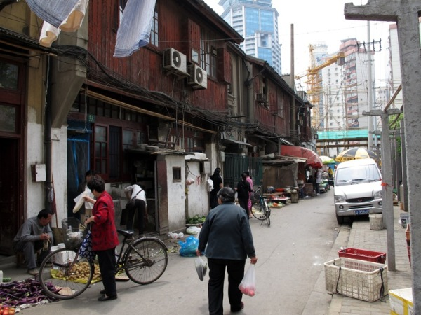 Shanghai-China-Photograph-Home-Alleyway-Neighbourhood-Old