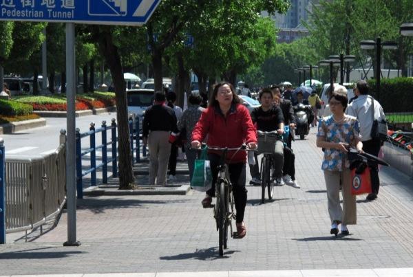 Shanghai-China-Photograph-Sidewalk-Unsafe-Vehicles