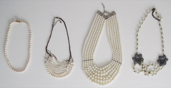 Wardrobe-Jewellery-Jewelry-Necklaces-Pearls