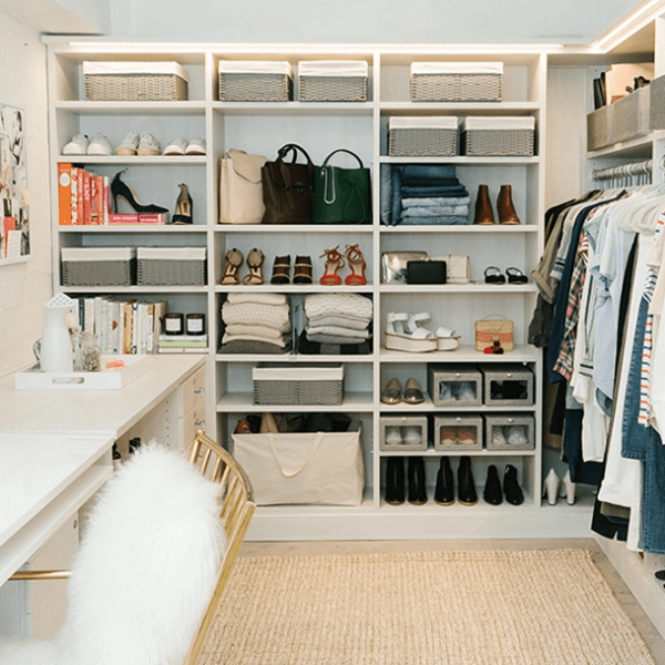 https://goop.com/style/decorating-design/organization-tips-from-the-goop-fashion-closet/