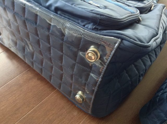 lug-totes-review-blue-travel-large-and-small-bottom