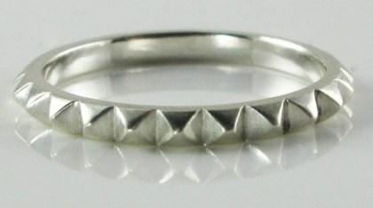 rachel-quinn-jewelry-tiny-pyramid-ring
