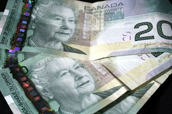 stock_canada-bills-money-cash-20