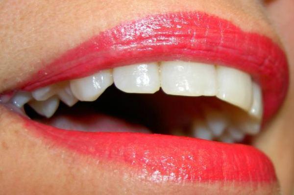 teeth-smile-woman-lips-lipstick-makeup