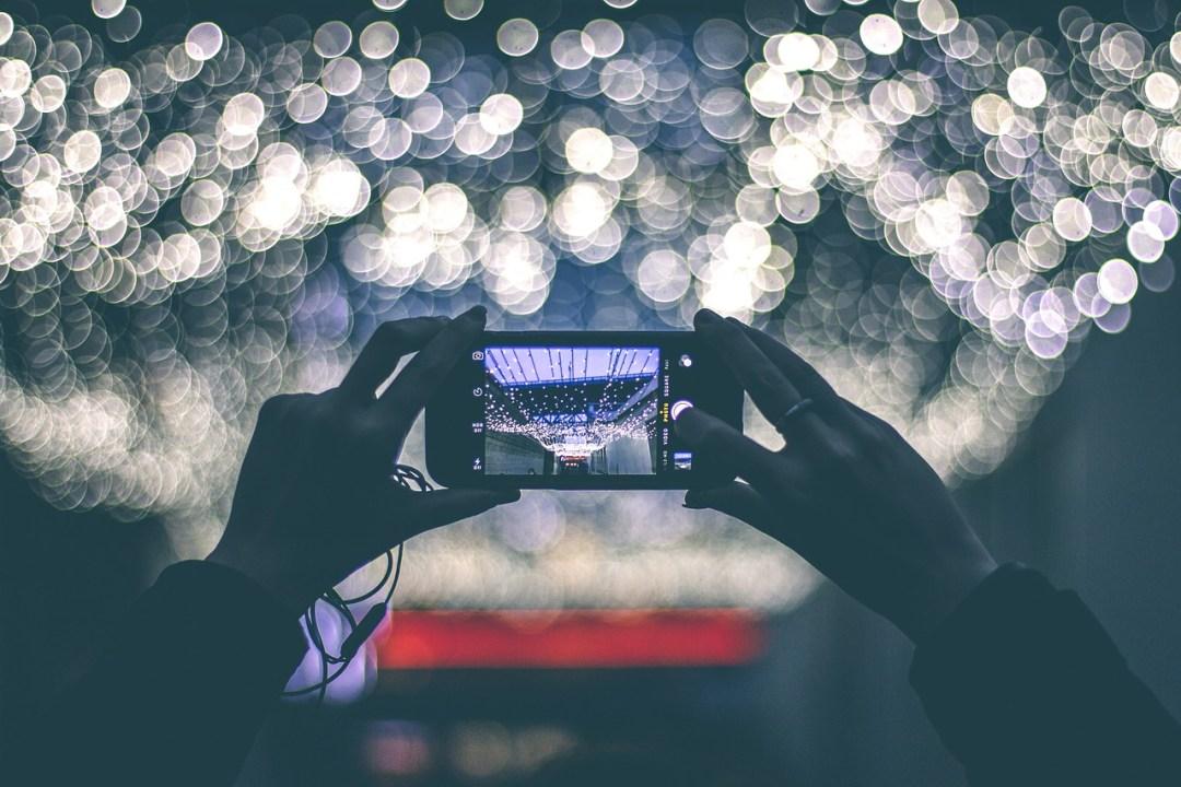 Smartphone camera lights