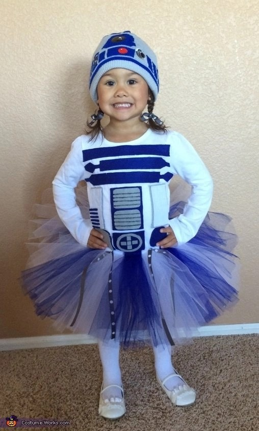 10 amazing do it yourself costumes for girls saving simplicity diy r2d2 girl costume solutioingenieria Image collections