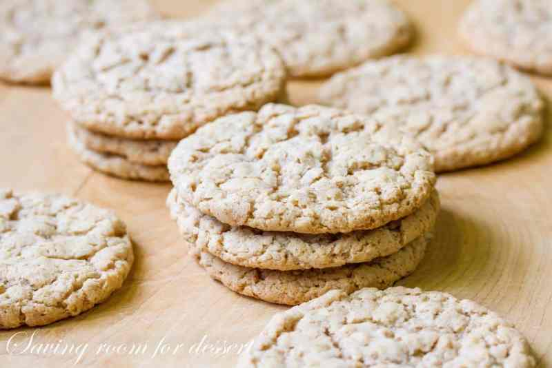 Old-Fashioned Iced Oatmeal Cookies-1