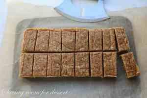 Coconut Cream Pie Larabars-9