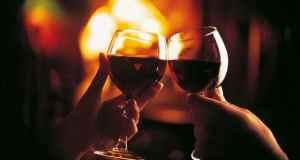 dvije čaše vina