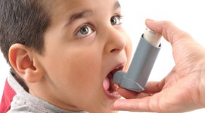 Što trebaju učiniti roditelji s djetetom koje ima upalu dišnih putova i pluća