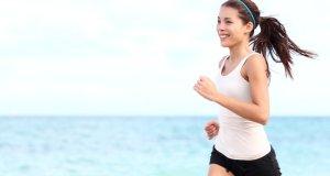 djevojka na trčanju