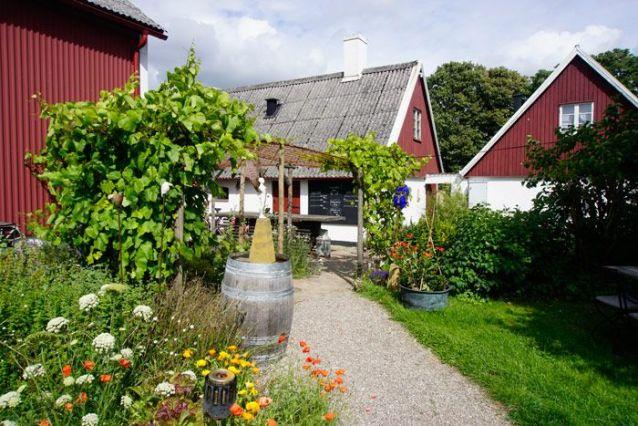 Hallakra winery