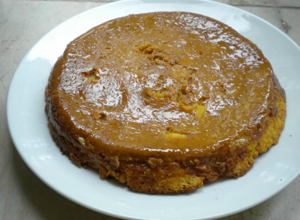 Upside-Down Dulce de Leche Organic Apple Cake
