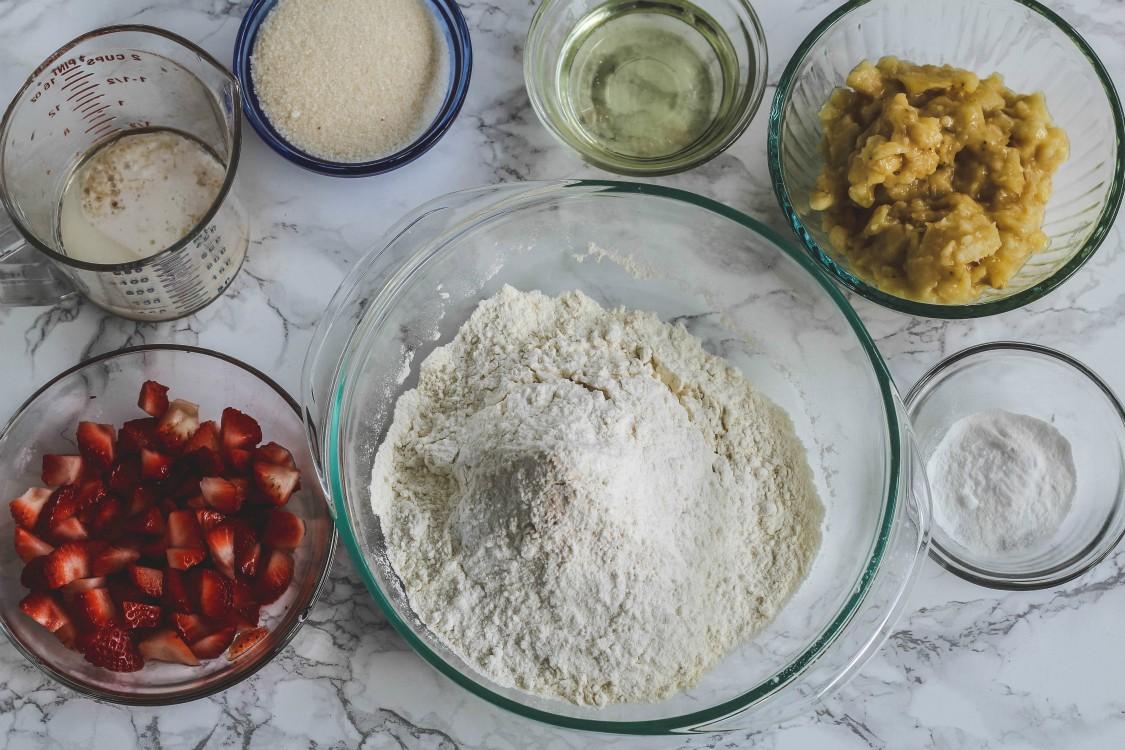 overhead image of ingredeints to make a dessert