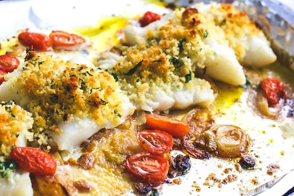 overhead image of fish with breadcrumb topping