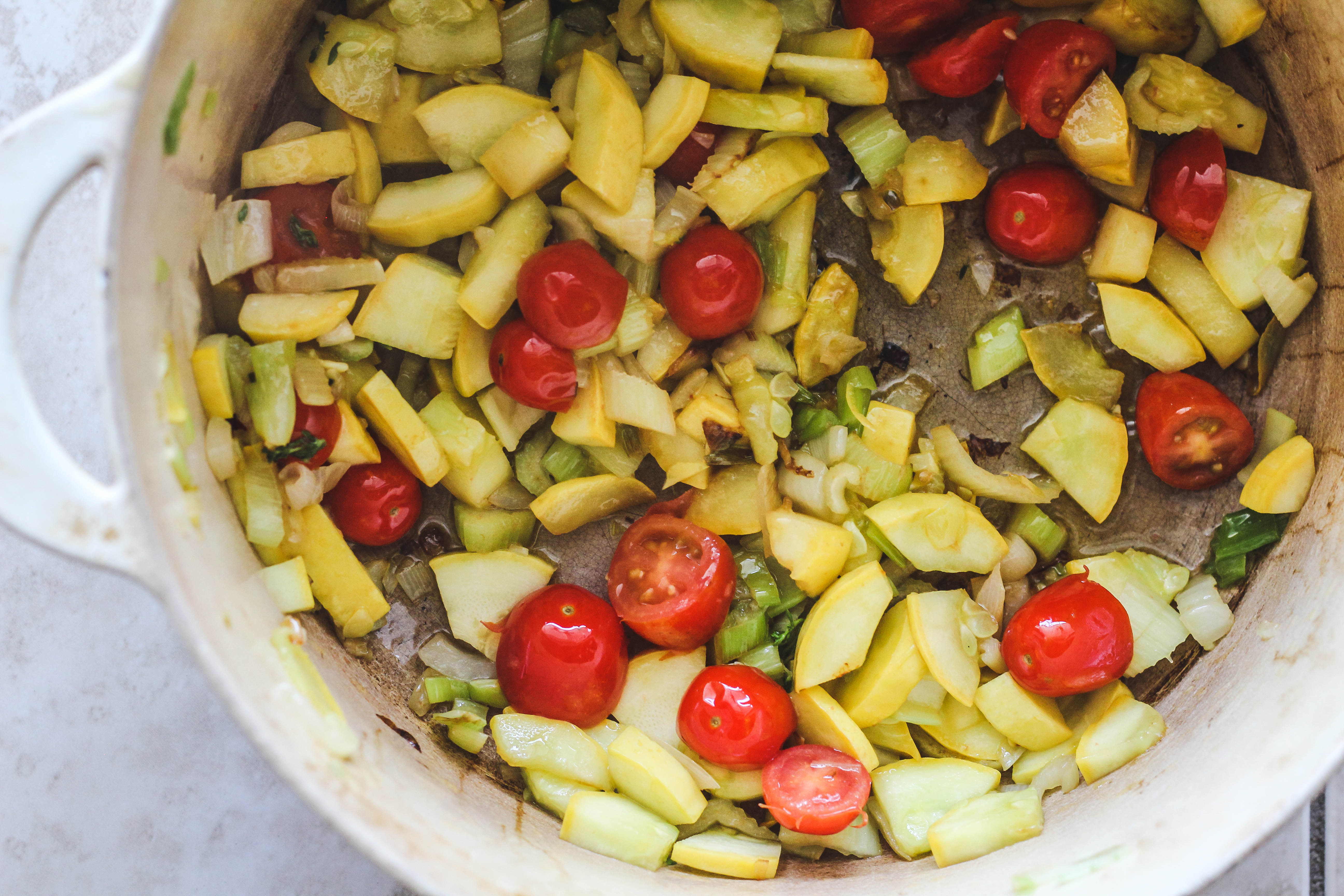 overhead image of making summer minestrone