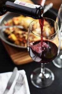 vin-table-plat-cuisne