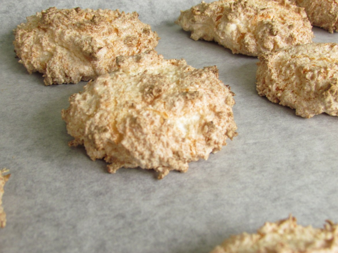 baked coconut macaroons