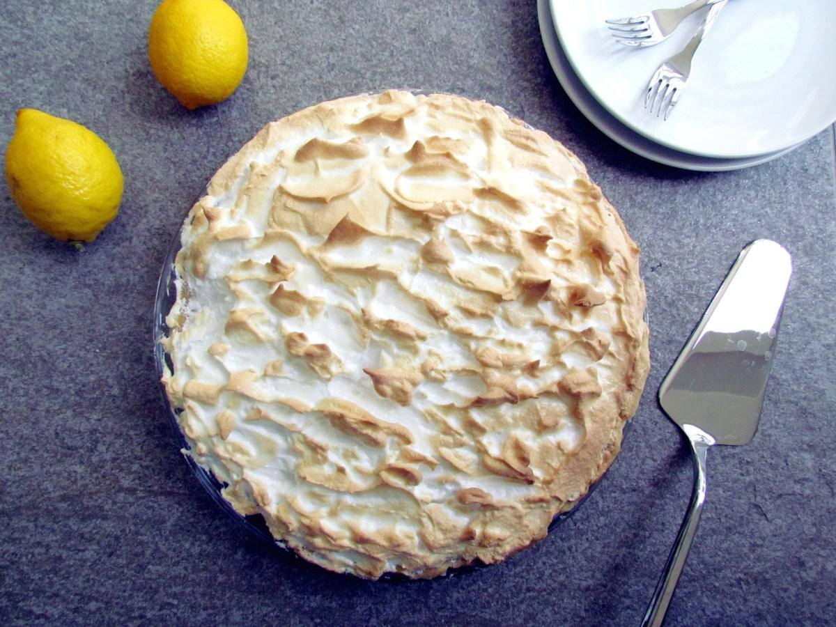 lemon meringue pie | www.savormania.com
