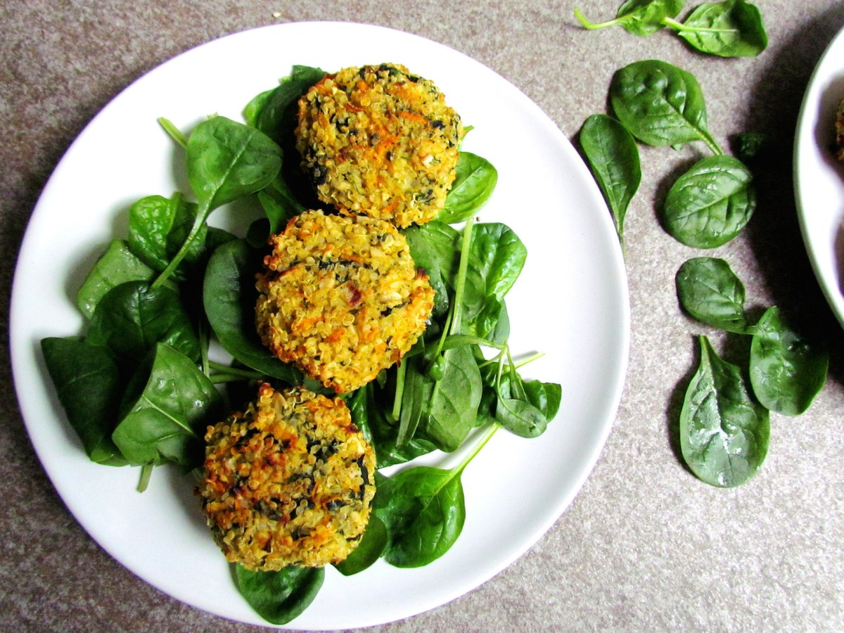 crispy spinach-carrot quinoa patties