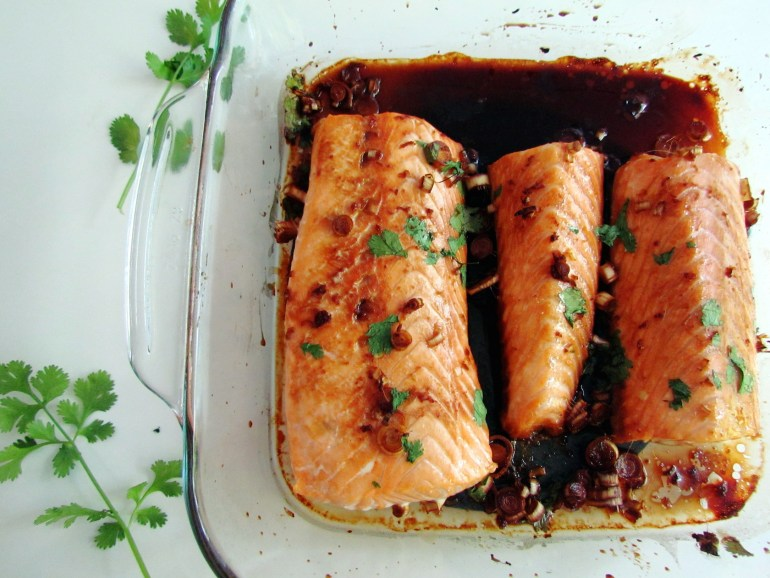 ginger lemongrass salmon | www.savormania.com