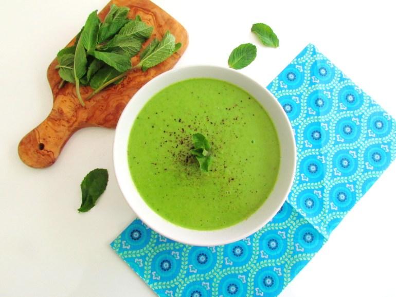 soupe de petits pois à la menthe | www.savormania.com