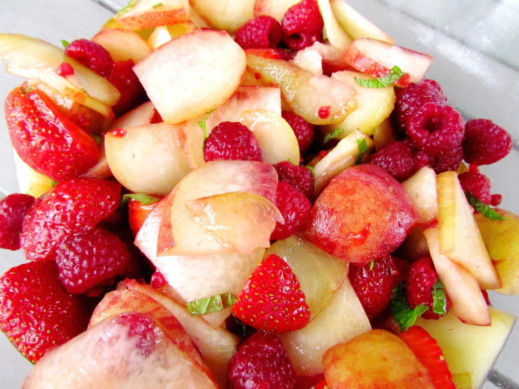 summer peach berry salad