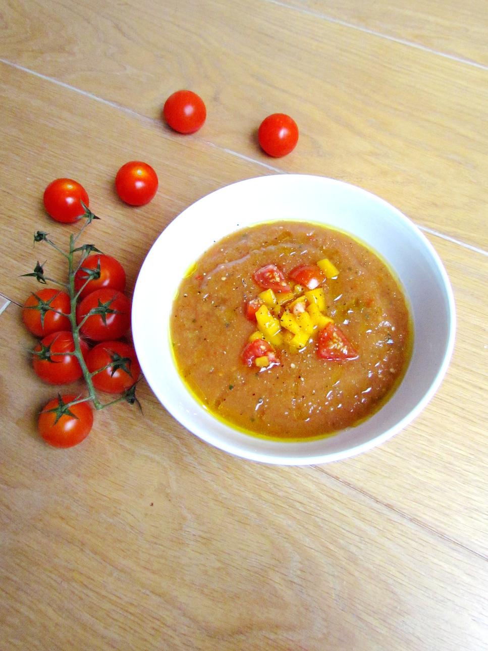 gazpacho à la tomate avec un ingrédient surprise