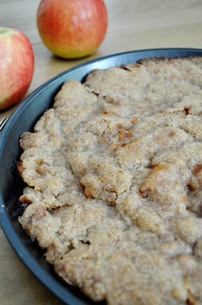 apple crumble pie | www.savormania.com