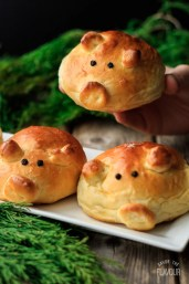 Pigs in a Blanket Rolls: easy pigs in a blanket with smoked sausage and homemade bread dough instead of Pillsbury crescent rolls. These healthier appetizers are perfect for kids and adults alike!   www.savortheflavour.com #pigsinablanket #appetizer #sausage #recipe