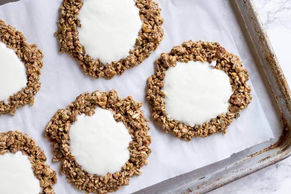 No Bake Granola Breakfast Cookies (gluten free and grain free) \\\\ www.savorylotus.com