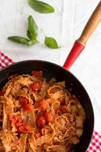 Mafaldine with Cherry Tomatoes and Pecorino   savorynothings.com