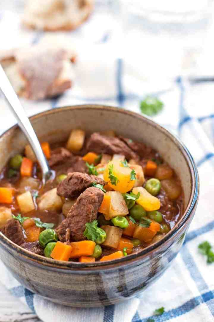 Simple Beef Stew | savorynothings.com