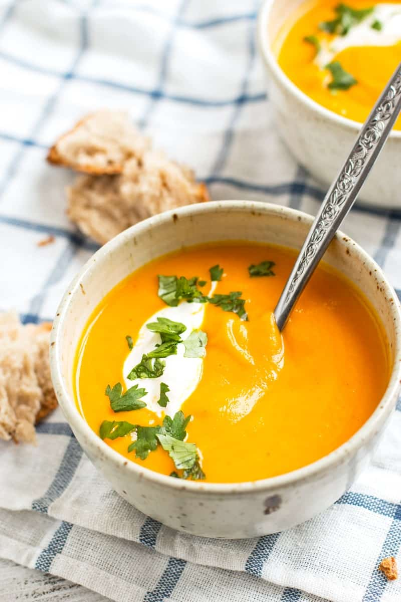 Thai Spiced Carrot Soup | savorynothings.com