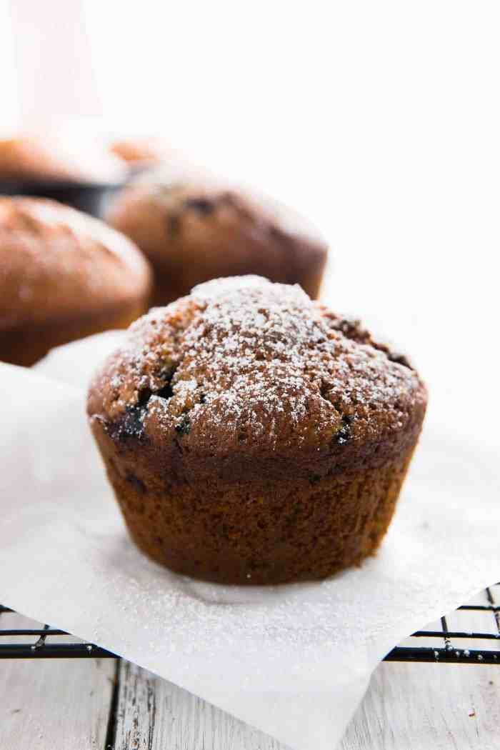 Healthy Blueberry Lemon Muffins - a super easy recipe! Minimal amounts of coconut oil, no white sugar plus all the BEST parts of whole wheat & buttermilk. | savorynothings.com