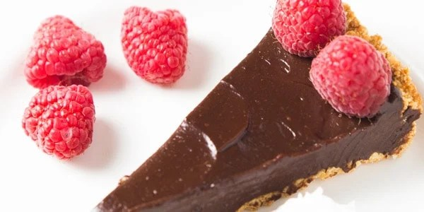 37 irresistibly easy chocolate dessert recipes - perfect to make for Valentine's Day or any other special occasion!