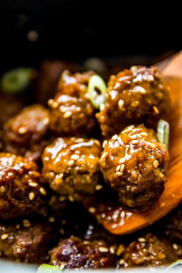 Honey Garlic Crockpot Meatballs are an easy weeknight main dish. Add noodles and veggies and you have a delicious dinner on the table!