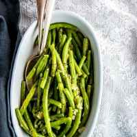Wondering how to cook fresh green beans so they actually taste nice? Try these tips and tricks for the perfect side dish!