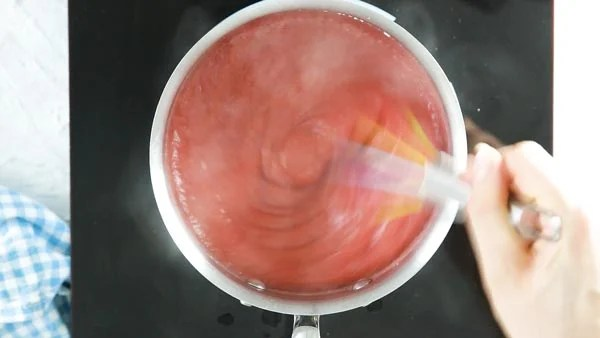 Homemade strawberry sauce for no bake strawberry pie