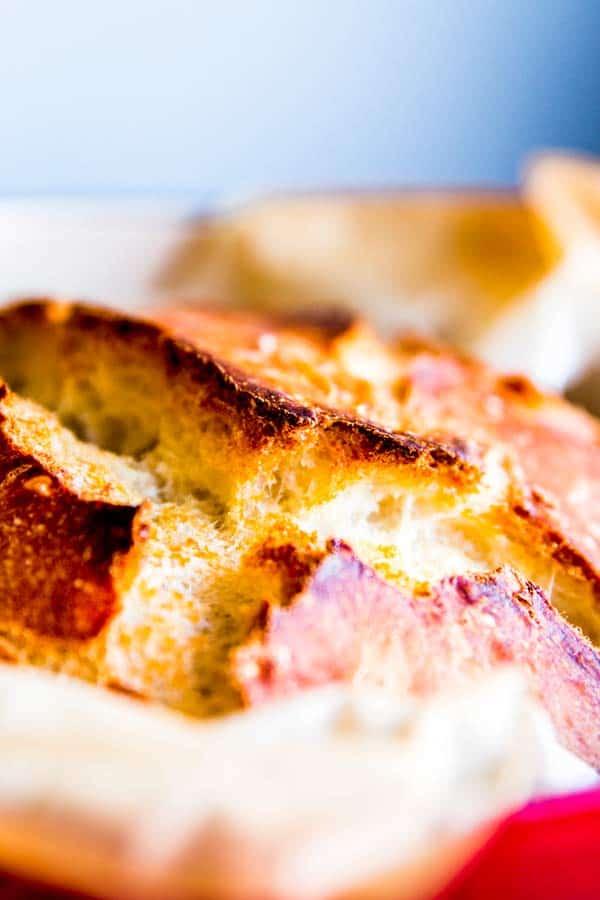 crust of no knead bread