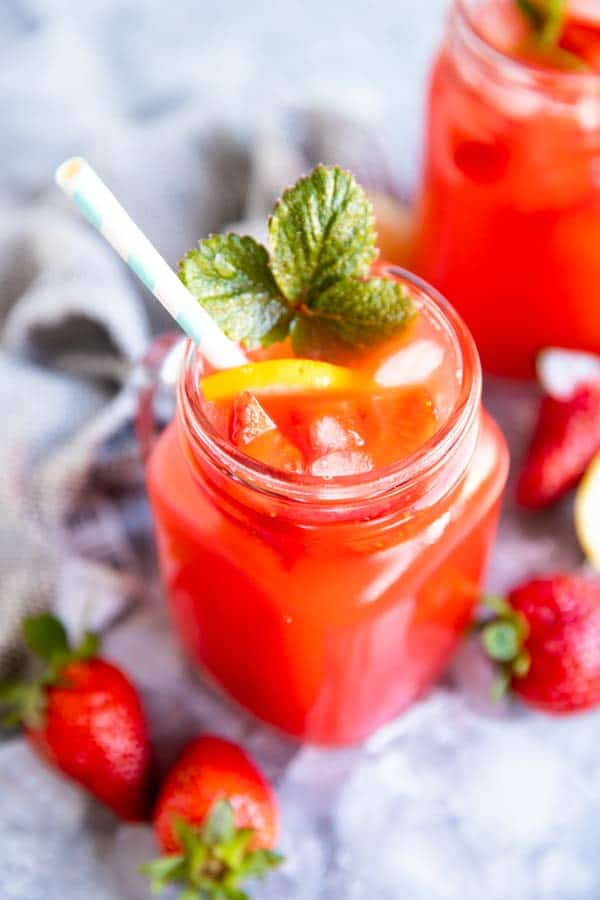 two glasses with strawberry lemonade