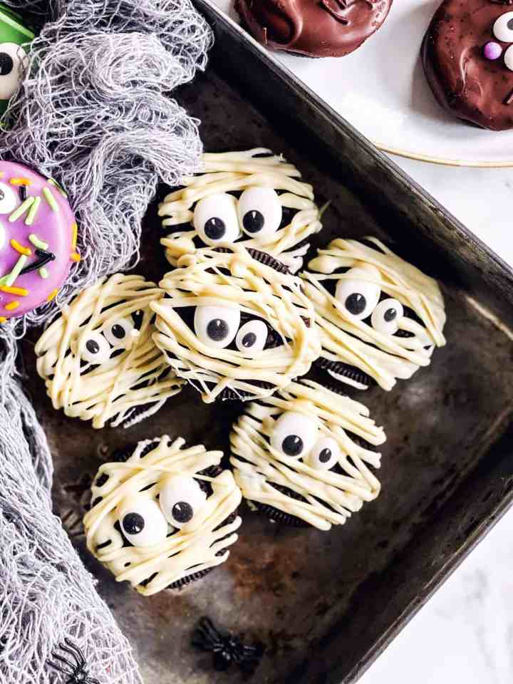 pile of mummy decorated Oreo cookies