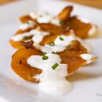 baked-pumpkin-with-garlic-yogurt-sauce