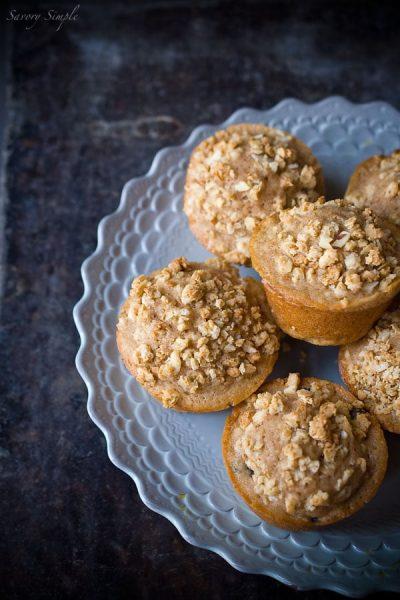 berry-granola-streudel-muffins