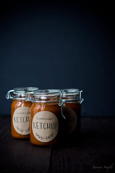 Tomato-Rhubarb-Ketchup