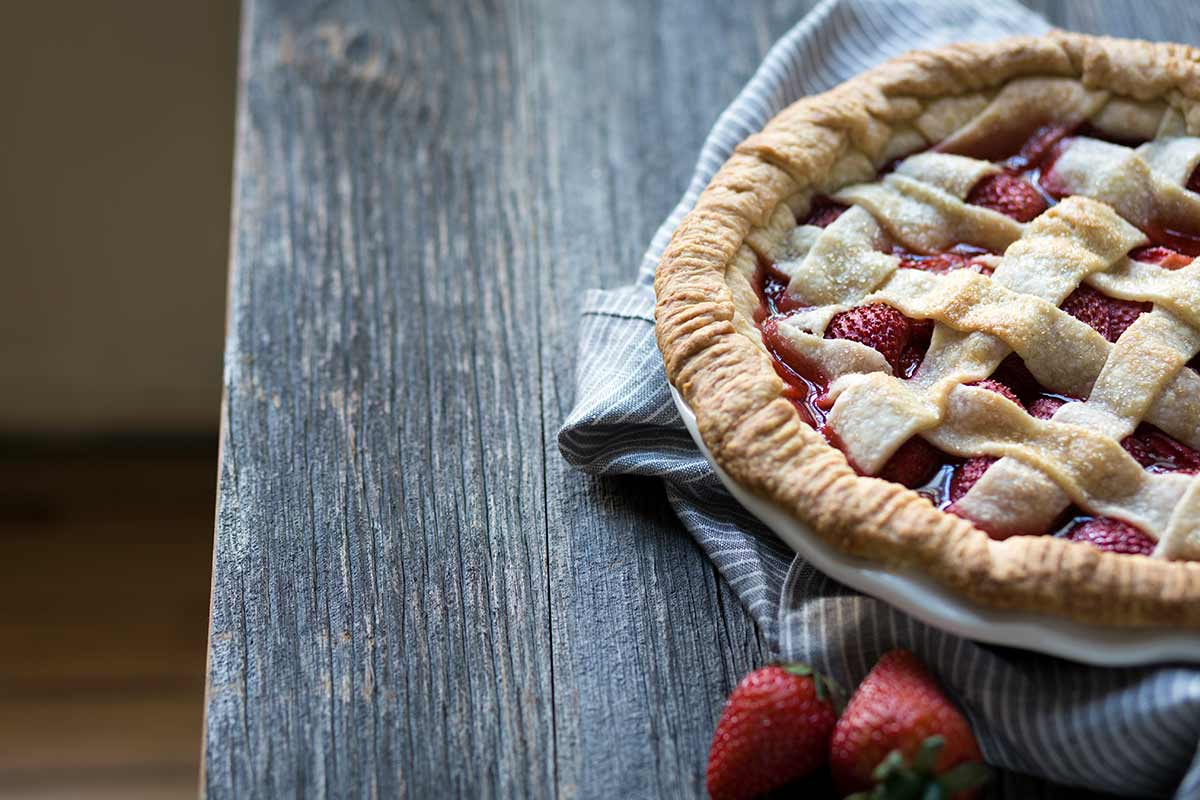 A photo of the finished strawberry pie recipe.