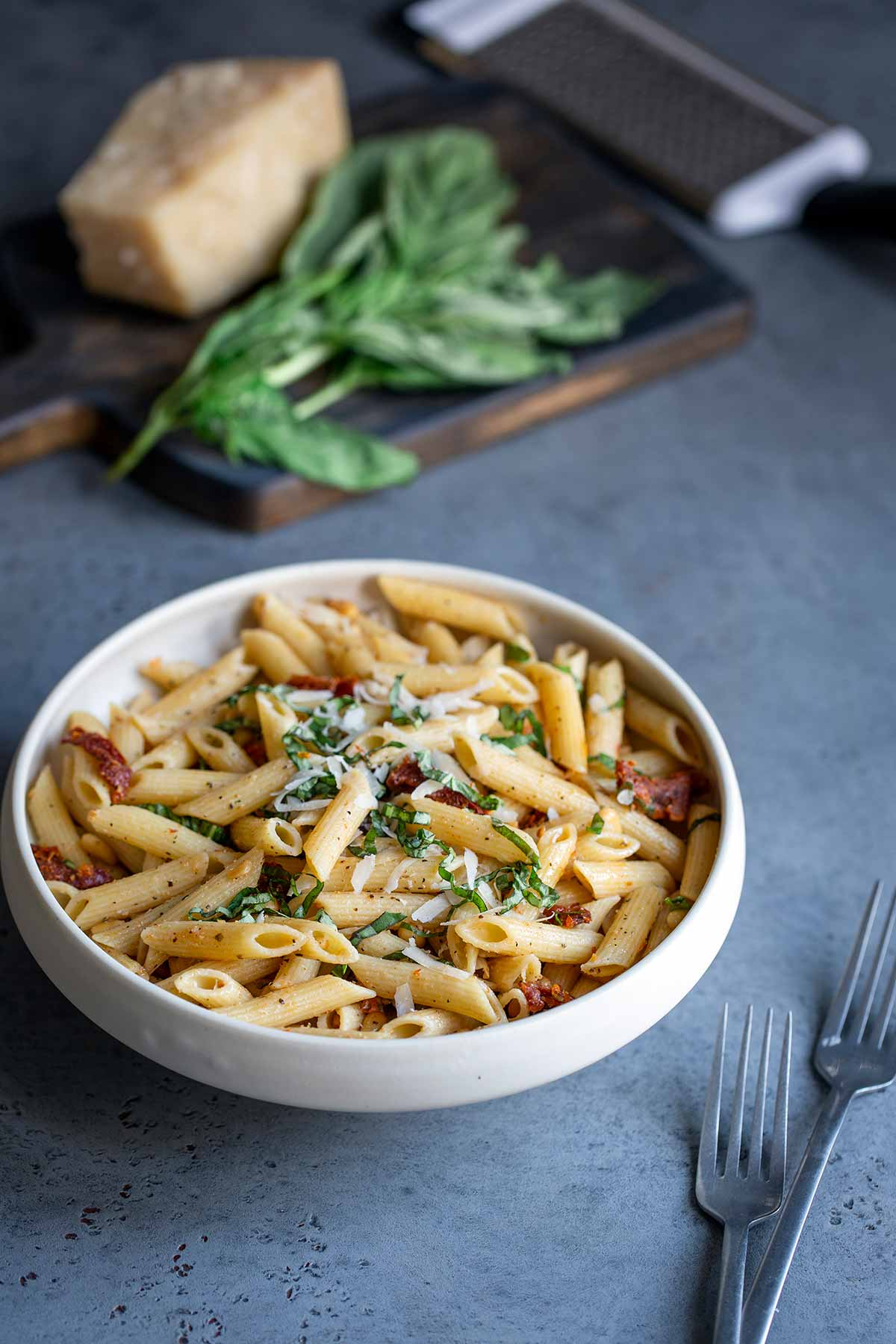 Sun-dried tomato pasta in a bowl, one of the best easy dinner recipes
